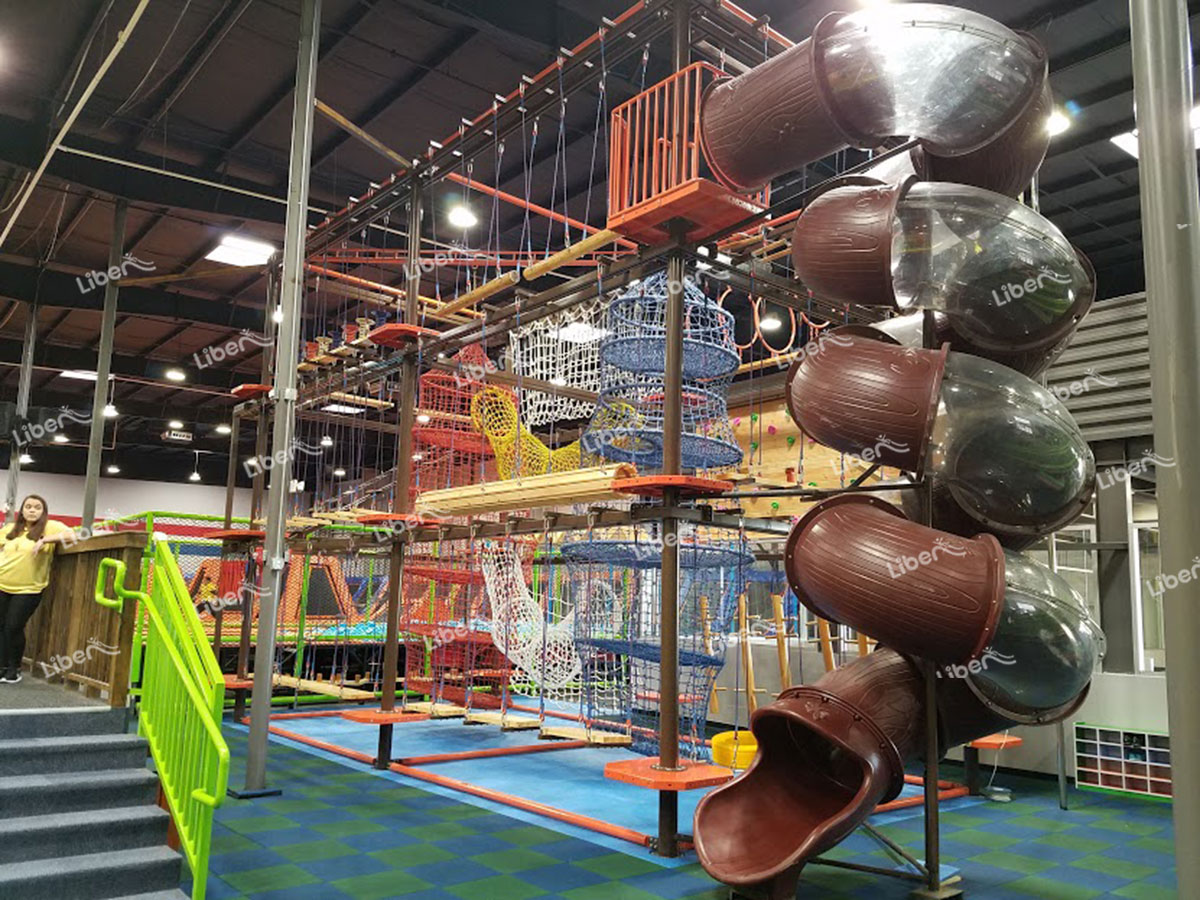 Indoor children's ropes course-1