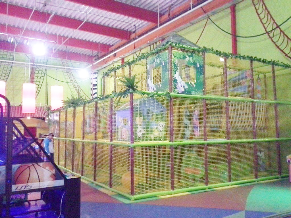 indoor playground-1