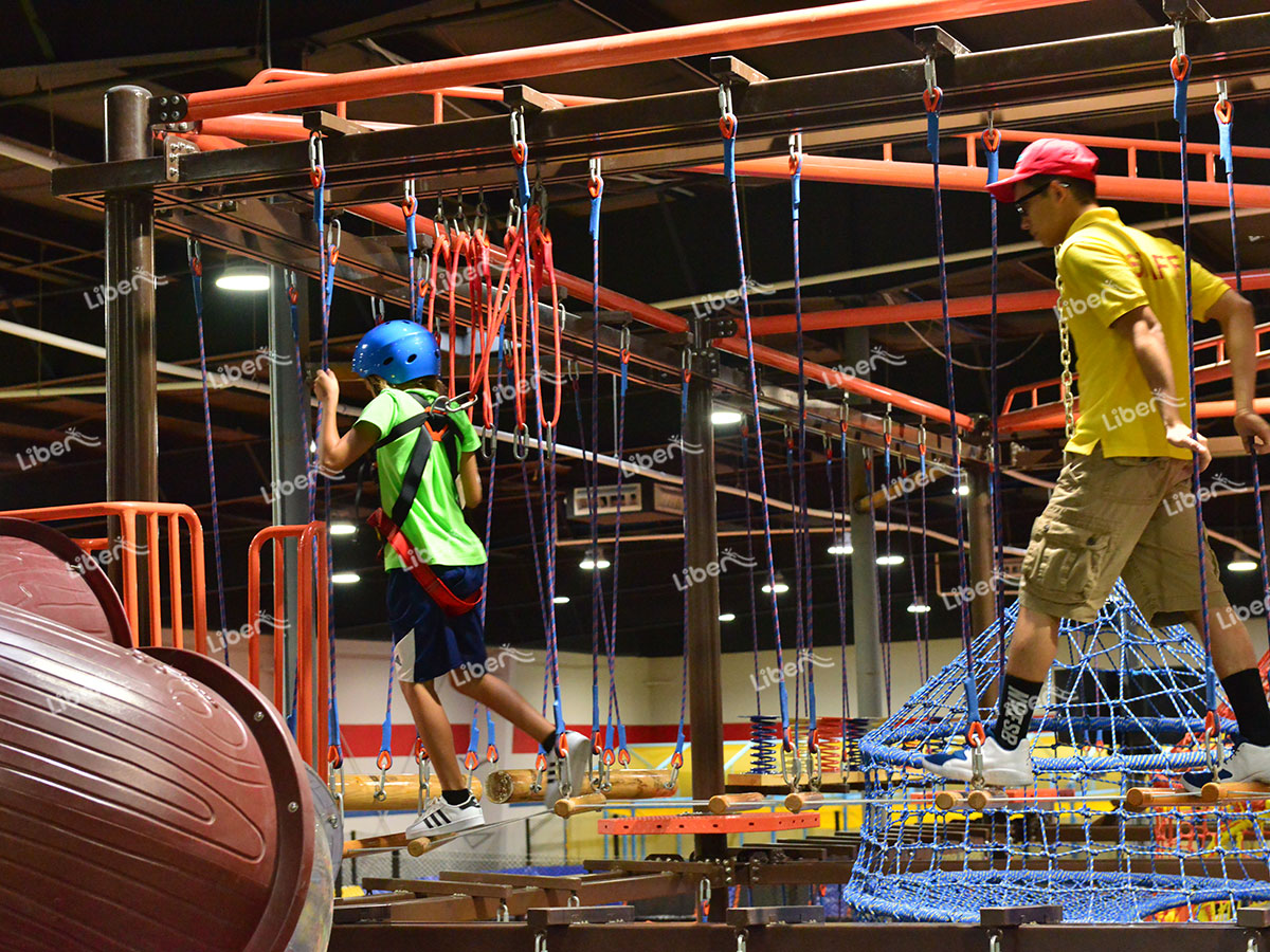Indoor ropes course-1